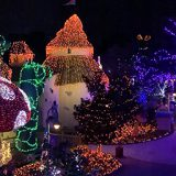 Night Of A Million Lights – A Holiday Light Display That Helps Future Wishes Come True