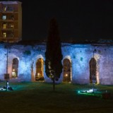 Illuminating the Roman Aqueducts with Water<br>Thanks to Rosco Flexible Silver Mirror